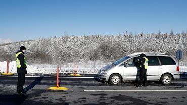 Niemcy wprowadzają kontrole na granicy z Austrią i Czechami