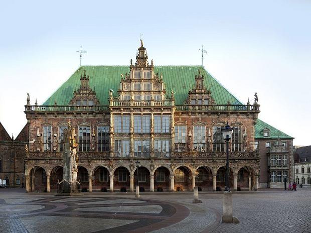 Niemcy Brema - Ratusz w Bremie / shutterstock