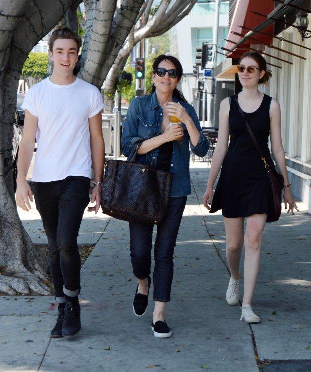 Katey Sagal z dziećmi Sarah i Jacksonem