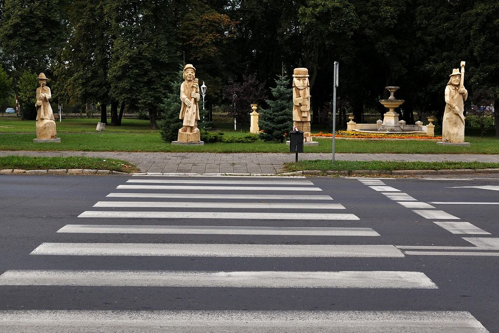 To miasto z rzeźbami - mówią niektórzy o Szamotułach