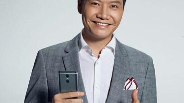 Lei Jun - szef Xiaomi - został przyłapany na korzystaniu z iPhone'a