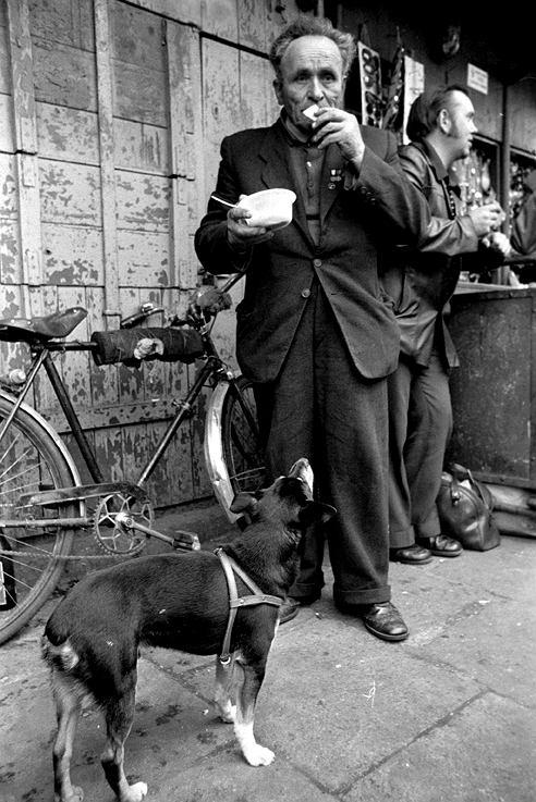 Barek na praskim Bazarze Różyckiego, rok 1977