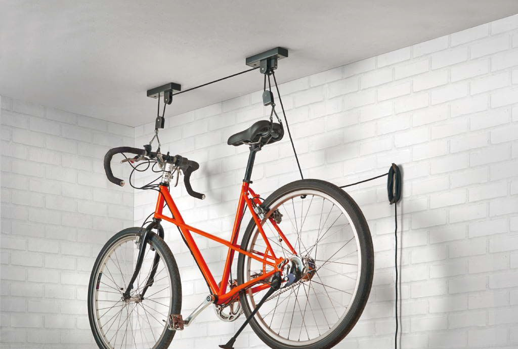 Zapiąć trener rowerowy
