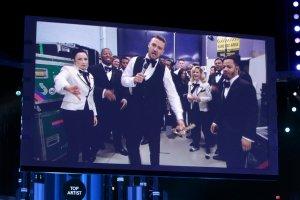Justin Timberlake został uznany za 'najlepszego artystę'. Niestety, nie mógł odebrać statuetki osobiście. W kategorii 'najlepsza artystka' triumfowała Katy Perry.