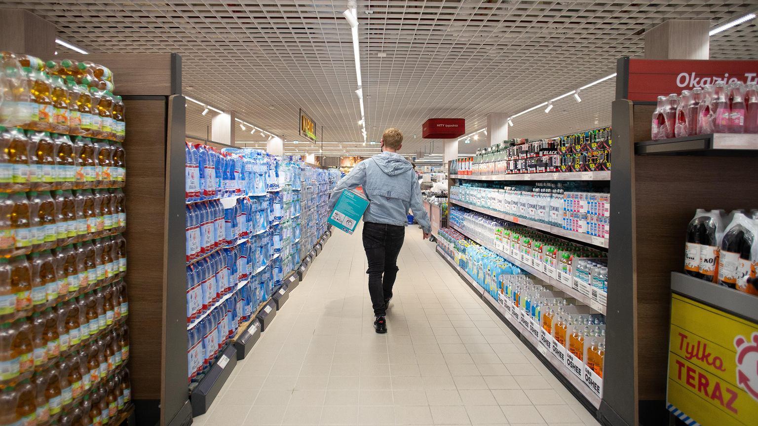 Niedziele handlowe 2020. Czy sklepy będą dziś otwarte? [9 sierpnia]