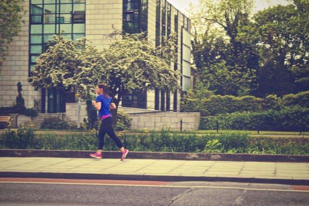 Trenuj w imię zdrowia i udanego zdrowia (fot. Pexels.com CC0)