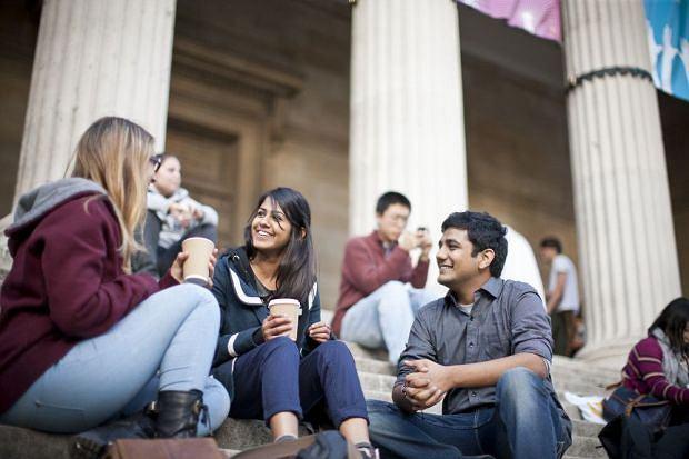 Brytyjskie uczelnie podkreślają, że nadal zależy im na studentach z zagranicy