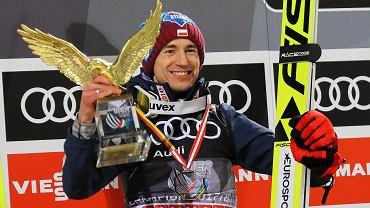 Kamil Stoch triumfuje w 66. Turnieju Czterech Skoczni. Bischofshofen, Austria, 6 stycznia 2018