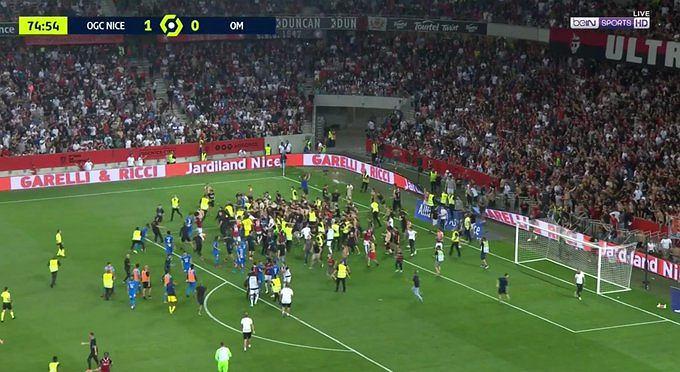 Zamieszki na meczu Nicea - Marsylia