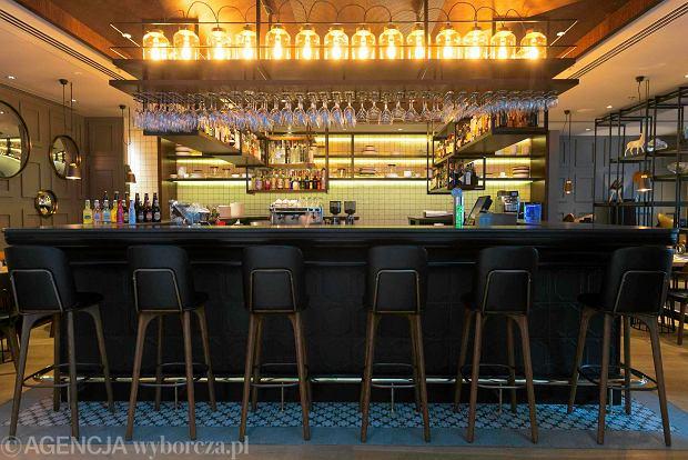 Zdjęcie numer 2 w galerii - Designerskie wnętrze i autorskie menu - taka jest restauracja INK przy ul. Stągiewnej