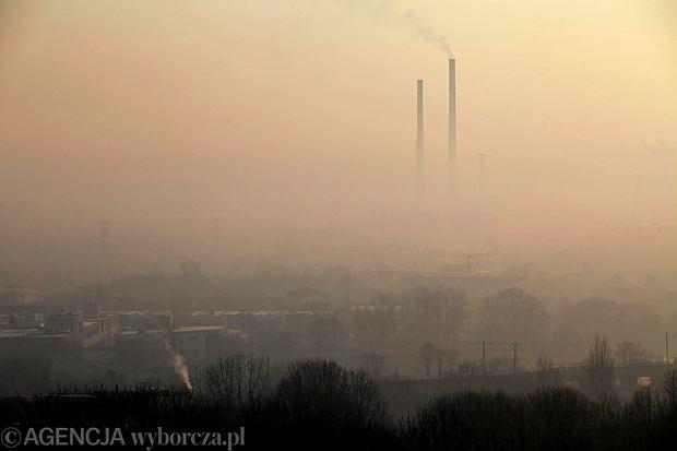 Kraków - widok z Kopca Krakusa. 'Smog małopolski'