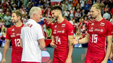 Reprezentacja Polski i jej kibice podczas mistrzostw Europy w katowickim Spodku