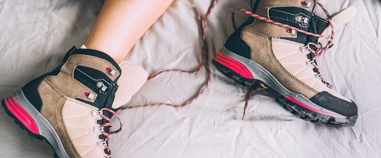 Buty w góry - te model zapewnią komfort i wygodę w każdej sytuacji. TOP 18 modeli znanej marki