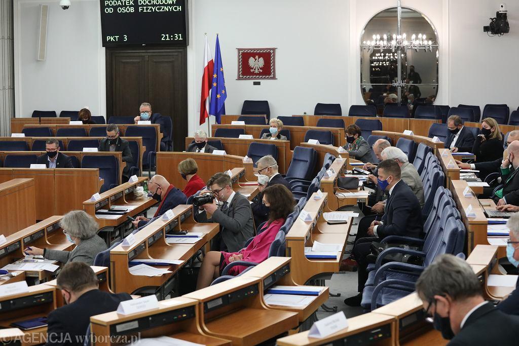 27.11.2020 Warszawa, ulica Wiejska. Senat.18. posiedzenie Senatu X kadencji