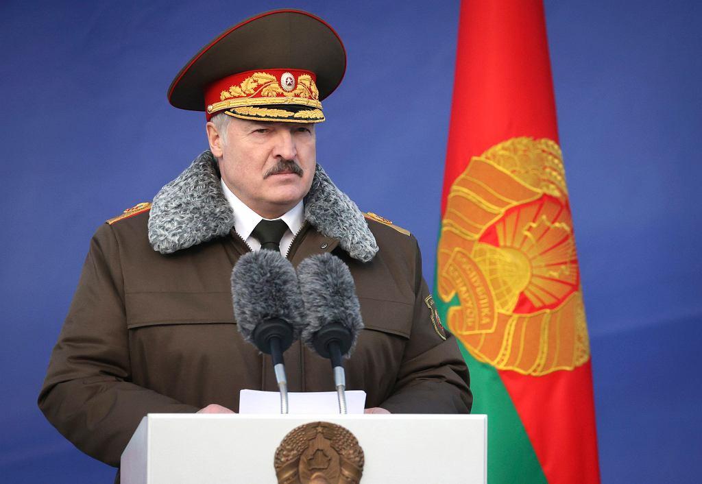 Prezydent Białorusi Aleksander Łukaszenka podczas wystąpienia w bazie sił specjalnych należącej do ministerstwa spraw wewnętrznych. Mińsk, 30 grudnia 2020 r.