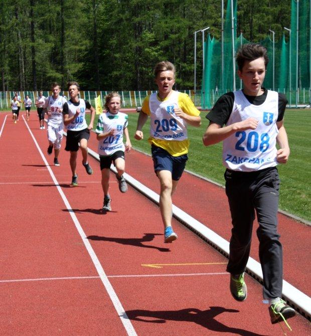 W 10. Weekendzie Polska Biega w Zakopanem wzięło udział blisko 300 osób, a wśród nich mistrz Polski w półmaratonie - Mariusz Giżyński