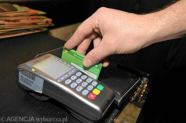 Pierwsza karta płatnicza dla dziecka
