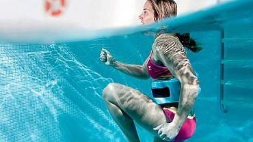 Aqua running, czyli bieganie w wodzie to doskonałe ćwiczenie dla biegaczy