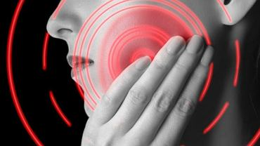 Gdy dolegliwości pojawiają się w okolicy policzka, łatwiej nam skojarzyć, że mogą mieć związek ze stawami skroniowo-żuchwowymi. Ból może jednak pojawić się w bardzo odległych lokalizacjach