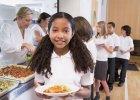 Szkolny obiad na świecie: co jedzą uczniowie w różnych krajach? [ZDJĘCIA]