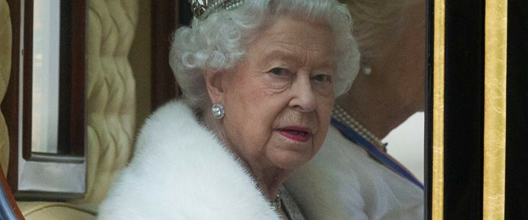 Co się wydarzy po śmierci królowej? Pracownicy pod odsłoną nocy ćwiczą pogrzeb