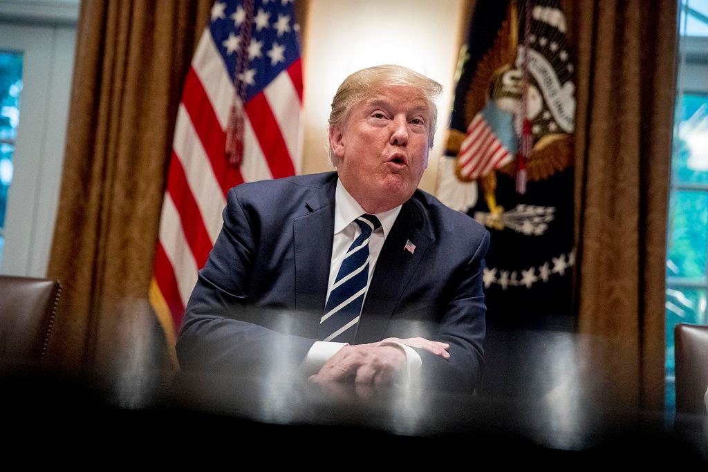 Donald Trump ostrzega Iran przed konsekwencjami