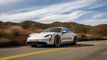 Behind The Wheel Tesla Model S vs Porsche Taycan