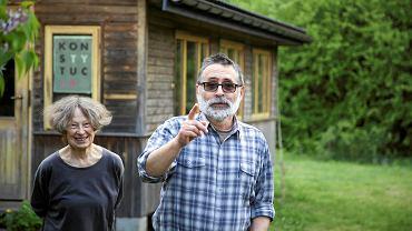 Eurowybory daleko od szosy. Wieś Wojnówka przy otulinie Puszczy Białowieskiej