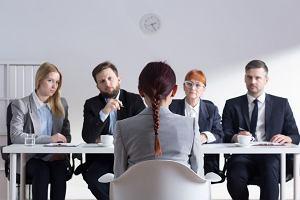 Szukasz pracy? Headhunterzy już na ciebie polują. Jak szukać pracy online? Jak stworzyć dobry profil w serwisach
