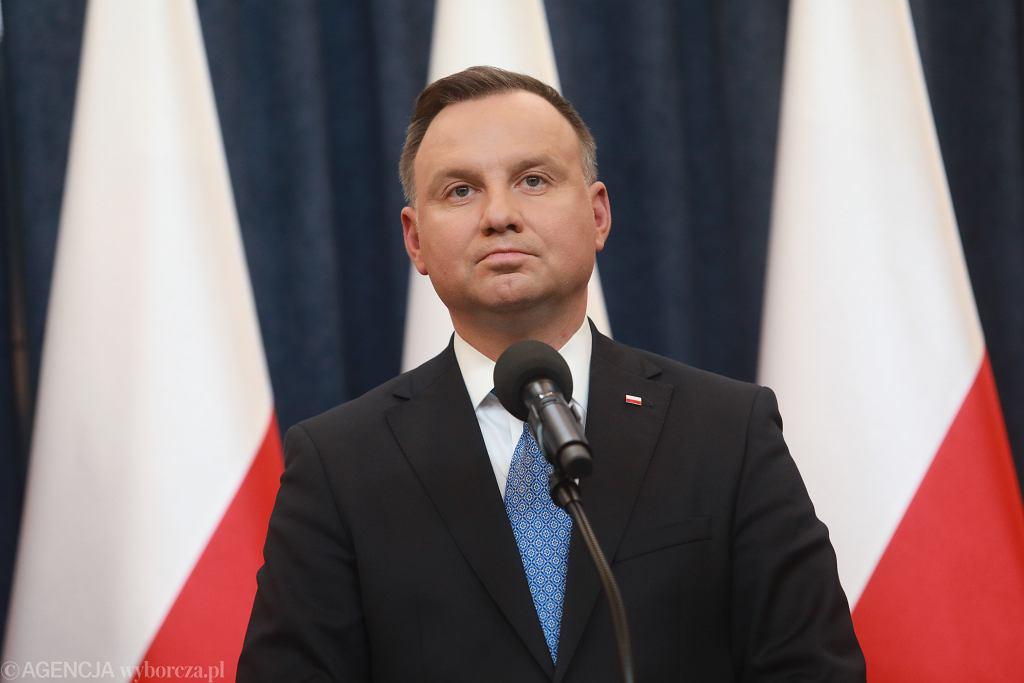 MOswiadczenie prezydenta Andrzeja Dudy w sprawie dotacji dla telewizji i radia