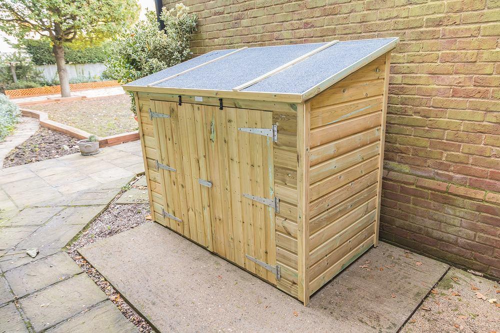 Skrzynia ogrodowa. Jak zrobić praktyczny pojemnik do przechowywania? Zdjęcie ilustracyjne