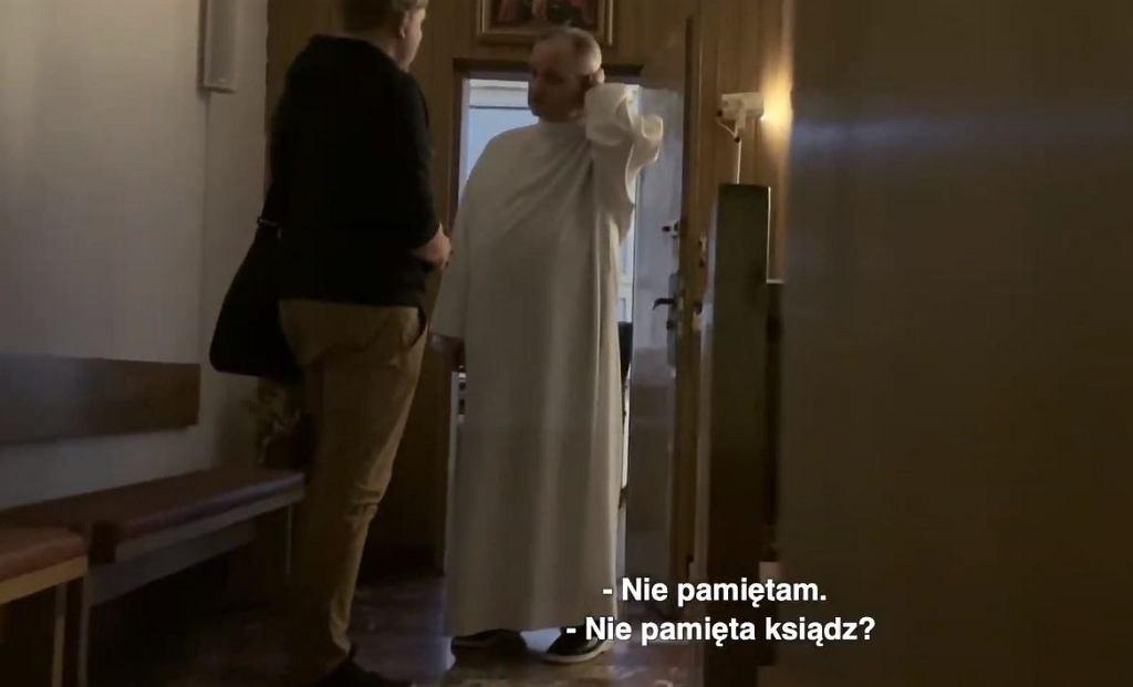 Kadr z filmu 'Zabawa w chowanego' braci Sekielskich