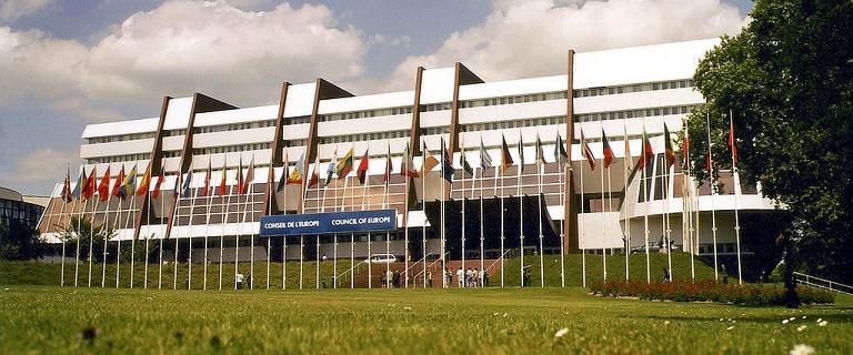 Wybrano sekretarza generalnego Rady Europy. Delegacje Polski i 6 innych państw wyszły z obrad