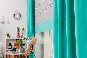 Zasłony turkusowe - dekoracja w kolorze Błękitnej Laguny