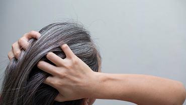 Stres powoduje siwienie włosów, ale co ciekawsze, jest to proces odwracalny