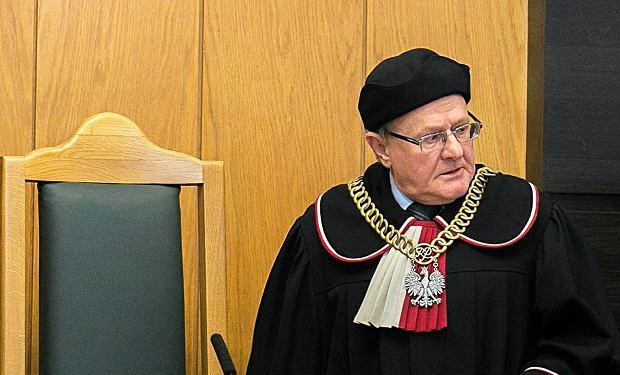 PROF. STANISŁAW BIERNAT - ur. w 1949 r., sędzia, prawnik, wykładowca Uniwersytetu Jagiellońskiego. Od 2010 do 2017 r. wiceprezes Trybunału Konstytucyjnego. Specjalizuje się w prawie publicznym i europejskim