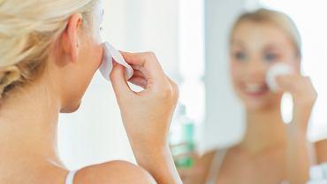 Oczyszczanie twarzy: domowe sposoby to coś, co warto wypróbować