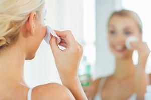 Oczyszczanie twarzy: domowe sposoby na to, aby zadbać o skórę twarzy