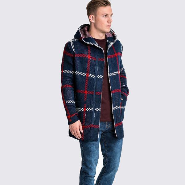 Rozpinany sweter w kratę
