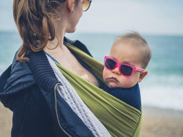 Chusty do noszenia dzieci: jakie są największe zalety chustonoszenia?