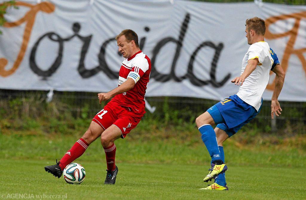Maciej Mańka (z lewej) w sparingu Slavia - Górnik Zabrze 0:5