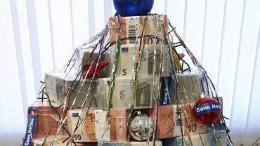 Choinka z gotówki w banku w Jekatenyburgu