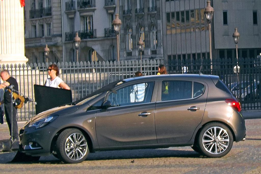 Opel Corsa (ab)