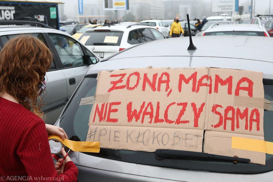 Wielki protest samochodowy w Krakowie