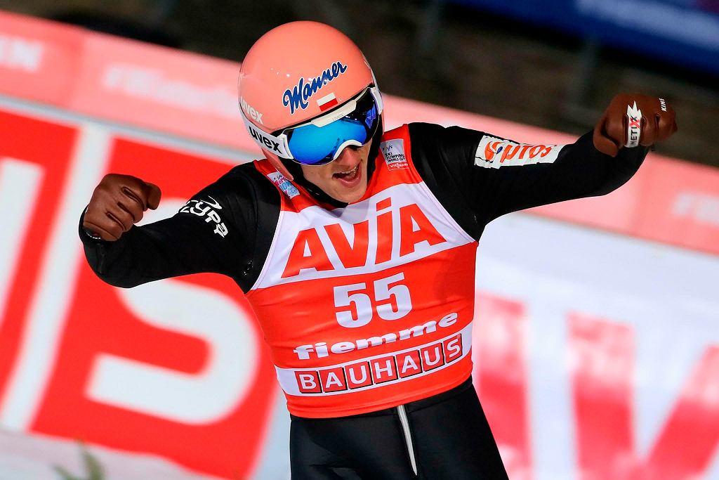 Dawid Kubacki wygrał konkurs w Predazzo