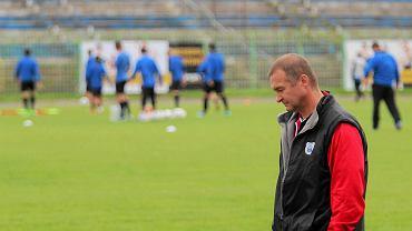 Trener Zbigniew Kaczmarek podczas meczu Stomil - Zawisza 0:5