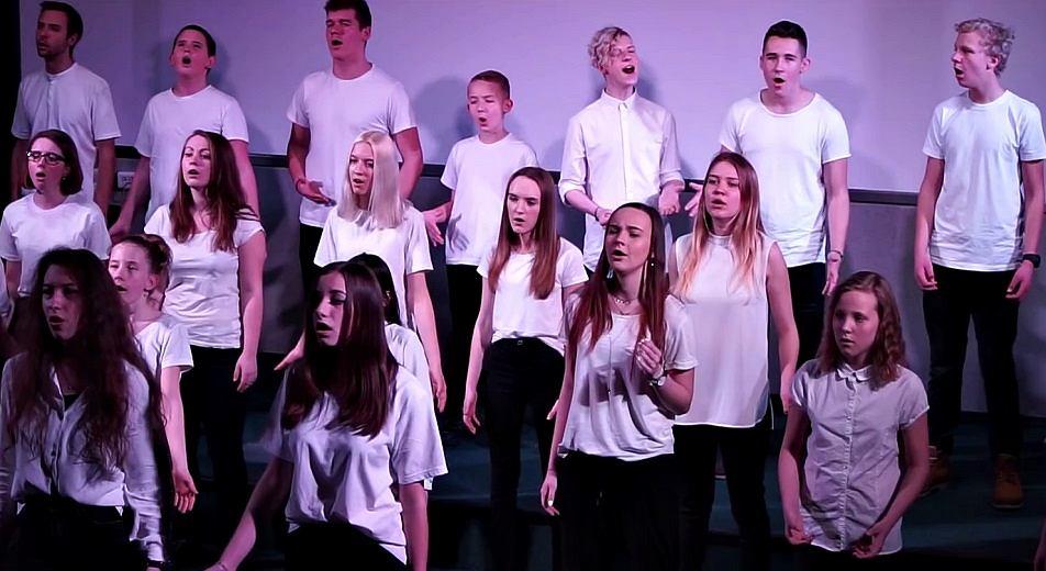 Happy Choir - Imagine by John Lennon (Glee cover)