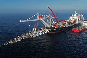 Nocny kompromis ws. Nord Stream 2. Gazociąg za 9,5 mld euro powstanie, ale rola KE ma być większa