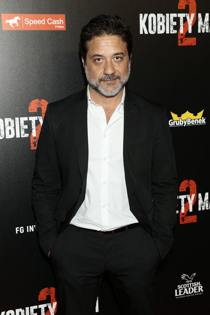 Enrique Arce na premierze 'Kobiet mafii 2'