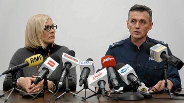Ewa Tylman - sprawa zaginięcia w Poznaniu. Magdalena Mazur-Prus (rzeczniczka prokuratury) i Andrzej Borowiak (rzecznik wielkopolskiej policji) na konferencji prasowej